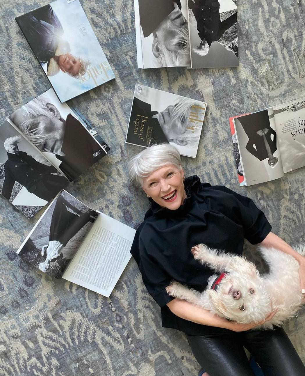 梅伊馬斯克也玩社群網站,在這裡有她的工作紀錄,也有她的日常生活照。圖/摘自<a ...