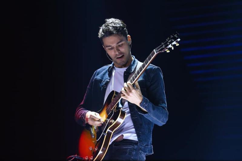 過去多為演唱會嘉賓的鳳小岳,這次將帶來完整的自彈自唱演出。圖/聯合數位文創提供