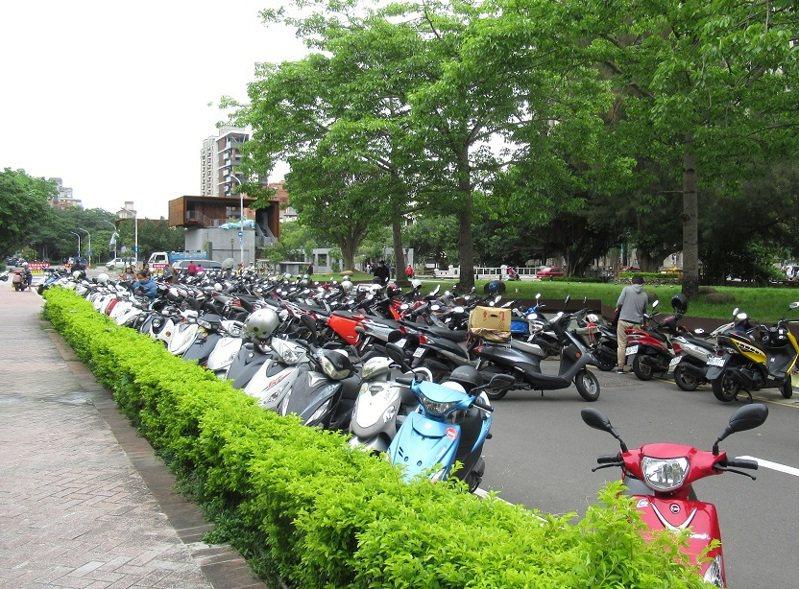 去年府後街臨時停車場相片。圖/新竹市政府提供