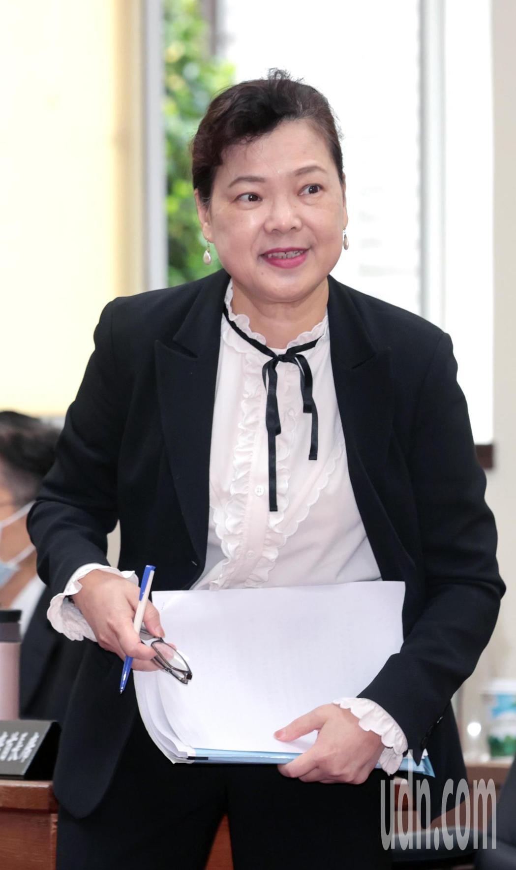 經濟部長王美花上午前往立法院經濟委員會審查水利法部分條文修正草案。針對歐盟有意拿...