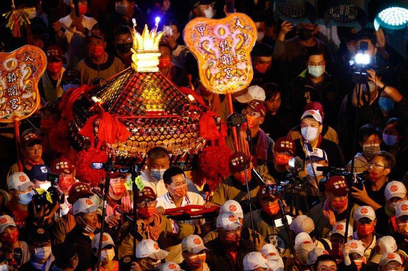 每年大甲鎮瀾宮媽祖鑾轎出巡大陣仗。記者劉明岩/攝影(圖/聯合報系新聞資料照)