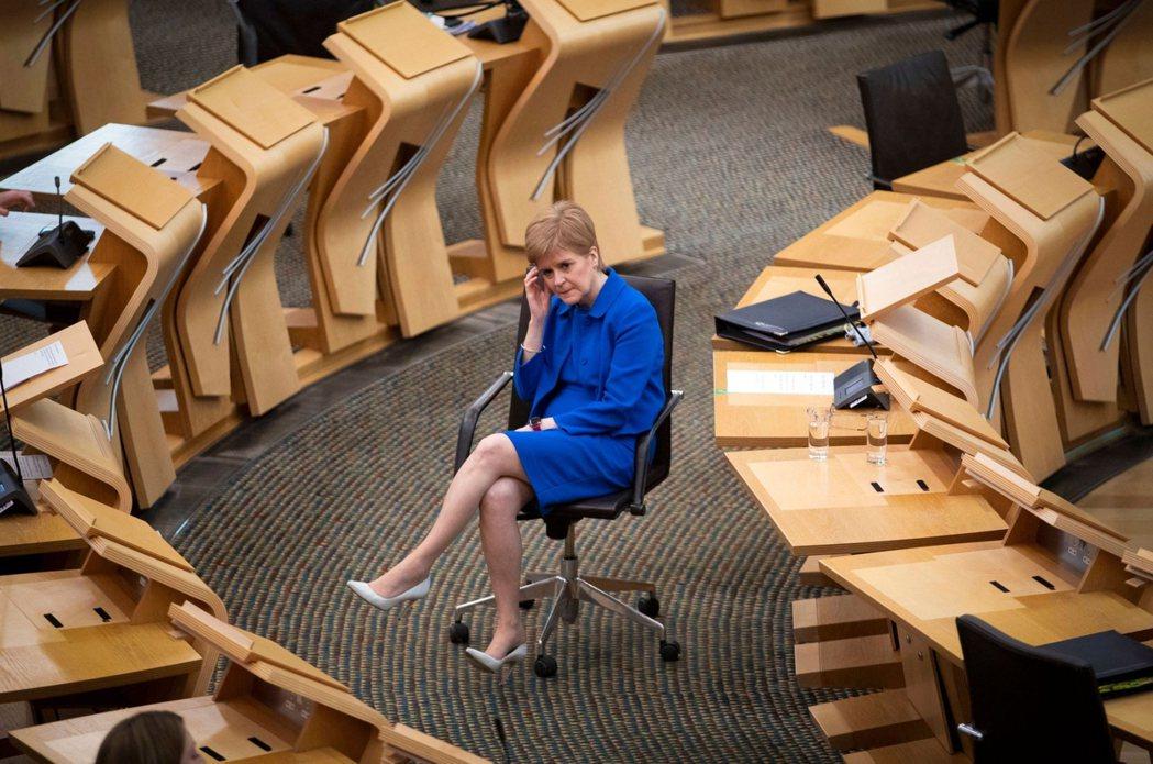 2018年爆出的薩孟德性侵/性騷擾事件,是足以讓SNP名譽掃地的性平悲劇——許多...