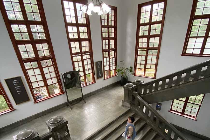 座落於中正路和中山路交叉口,始建於1925 年,是日本殖民時期的建築樣式代表作,...