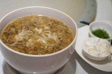 美食作家高琹雯 LIZ/舌尖上的末代貴族中國美食家江太史(上)