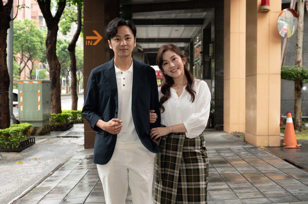 張書偉(左)和王宇婕加入「女力報到愛情公寓」陣容。圖/TVBS提供