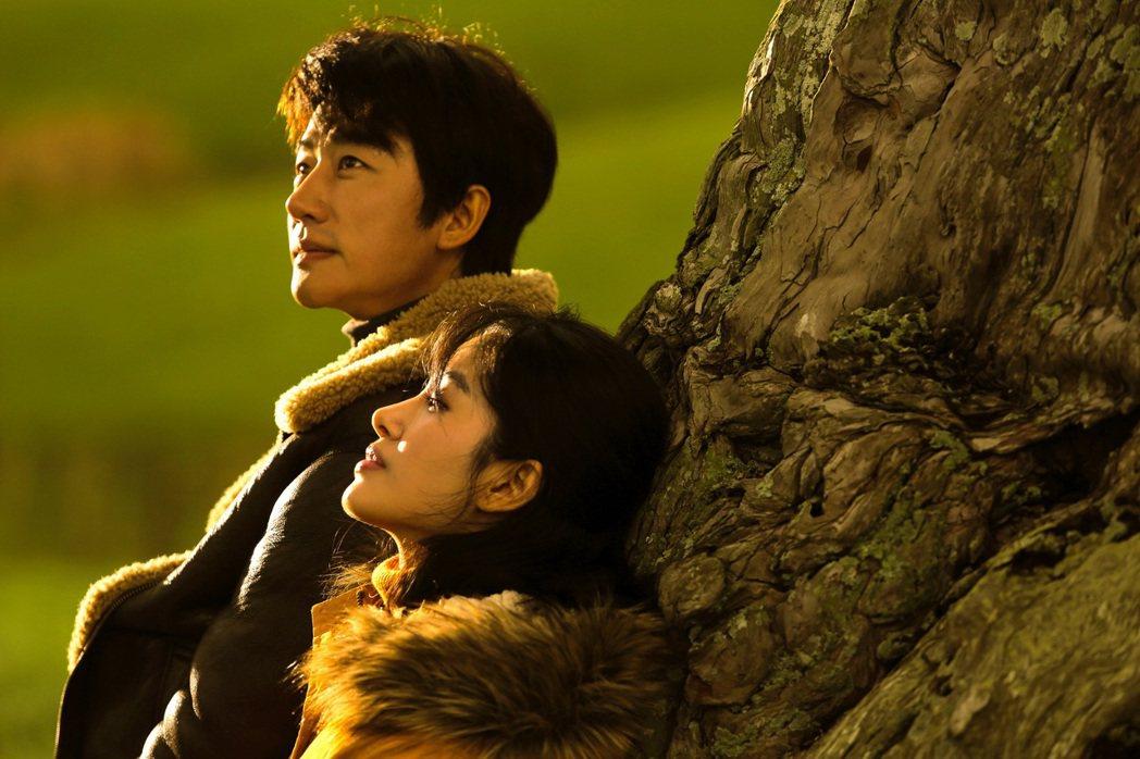 「只有蕓知道」是部愛情電影。圖/華映提供