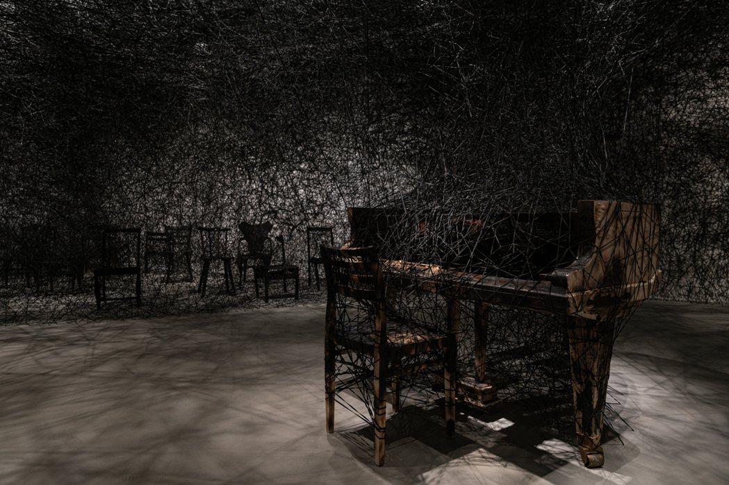 作品《靜默中》。 圖/台北市立美術館提供