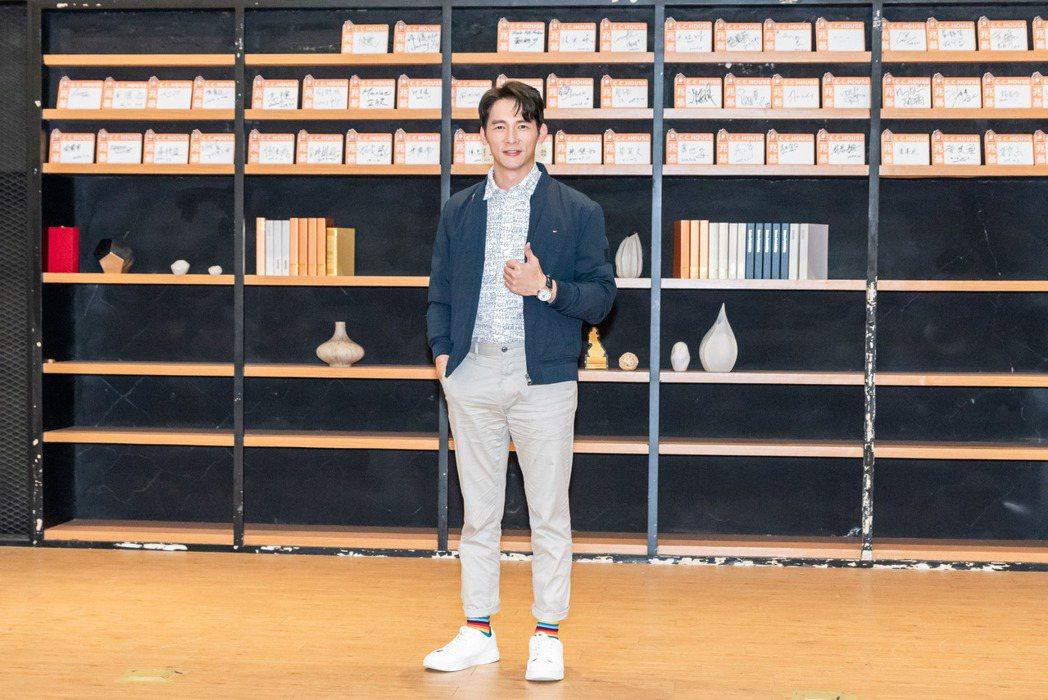 溫昇豪在「火神的眼淚」中飾演打火弟兄。圖/公共電視、myVideo提供