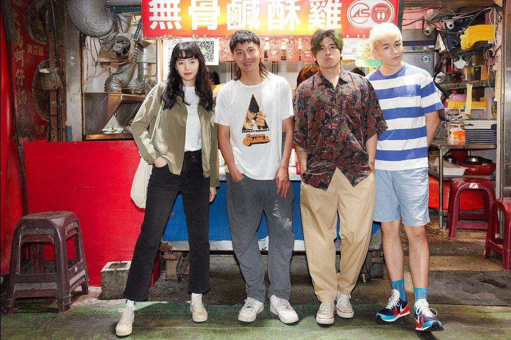 陸夏(左)擔任鹿洐人新歌「鹹酥雞」MV女主角。圖/福桑音樂提供