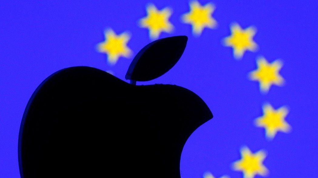 歐盟控訴蘋果涉嫌濫用對音樂串流軟體上架的掌控權,進行壟斷行為。  (路透)