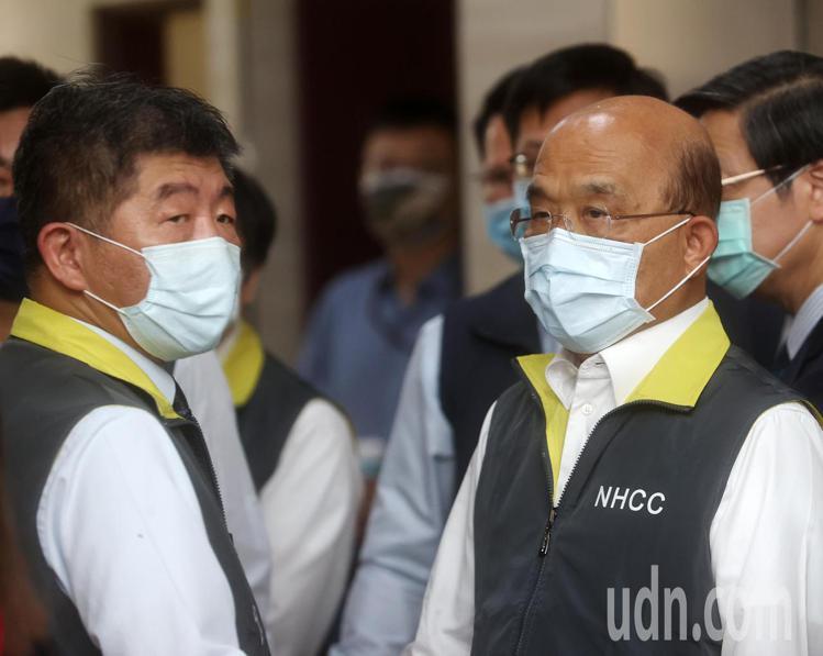 行政院長蘇貞昌(右)、衛福部長陳時中(左)。記者曾吉松/攝影