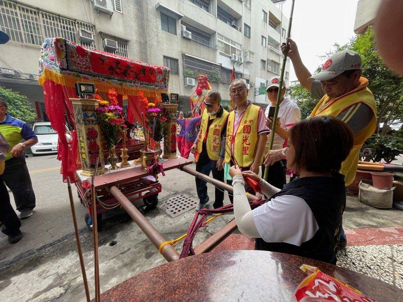 台中「國光里媽祖聖母會」,每年都會舉行遶境祈福活動,成為地方重要民俗節日之一。圖/邱素貞提供