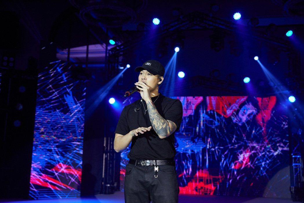 高爾宣昨晚受邀於「浪LIVE年度盛典星潮之夜」壓軸演出。圖/浪LIVE提供