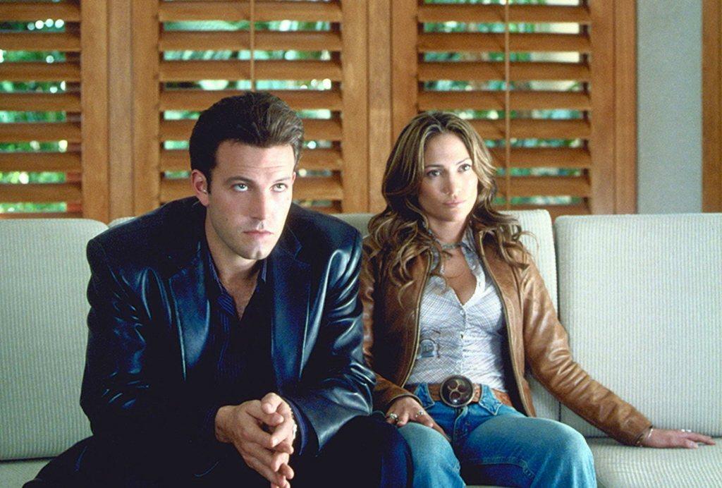 班艾佛列克(左)與珍妮佛洛佩茲主演的「絕配殺手」票房、評價都慘不忍睹。圖/路透資