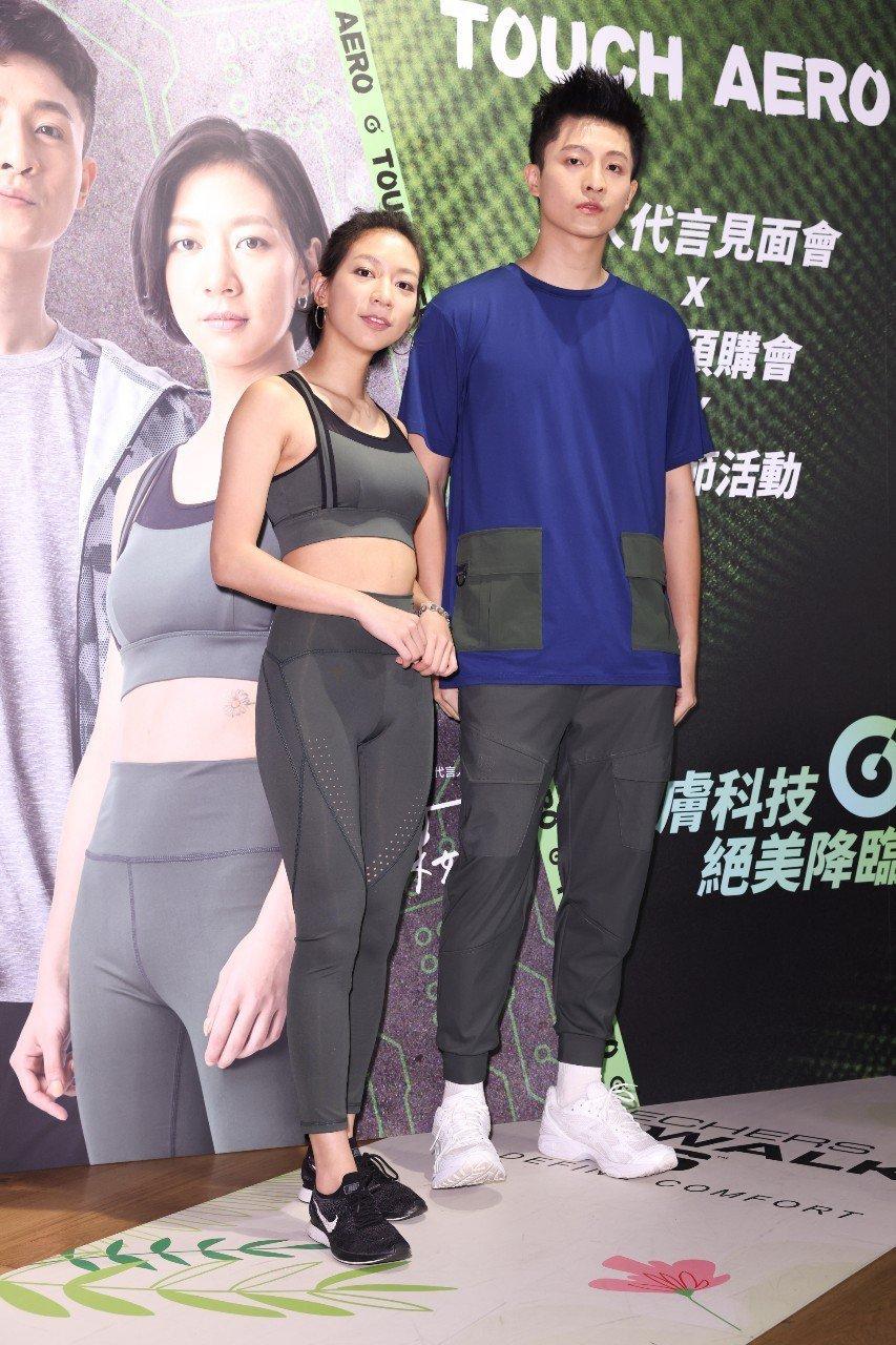 陳妤(左)、呂晉宇(右)首接代言活動,心情相當開心。記者沈昱嘉攝