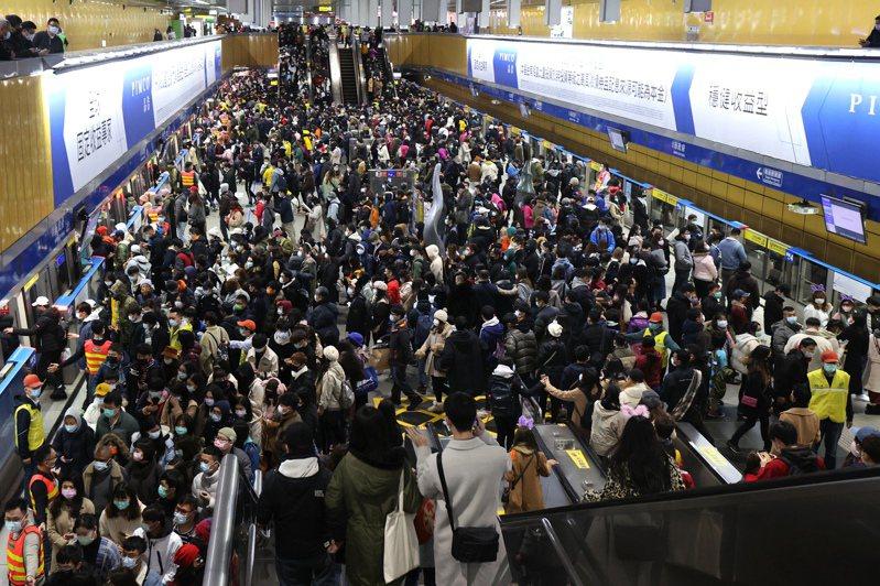 台北捷運迄今營運25年,總旅運量累計超過100億人次。圖/聯合報系資料照片