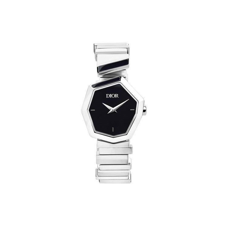 GEM DIOR精鋼黑漆珍珠母貝表盤腕表,15萬元。圖/DIOR提供