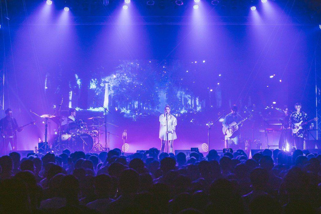 告五人展開「在這座城市遇見了你」巡迴演唱會。圖/相信音樂提供