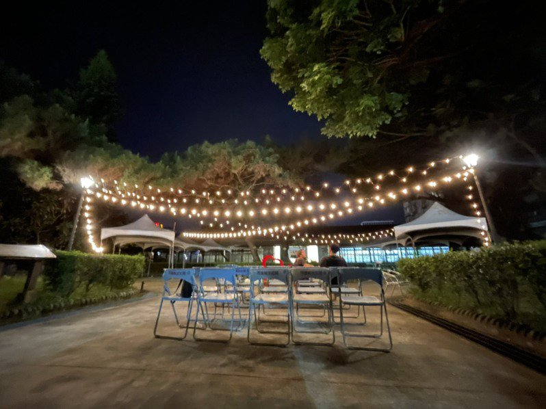 蓮鐵道文化園區一、二館徵選在地創意團隊進駐營運,提供更多元服務。圖/多羅滿賞鯨提供