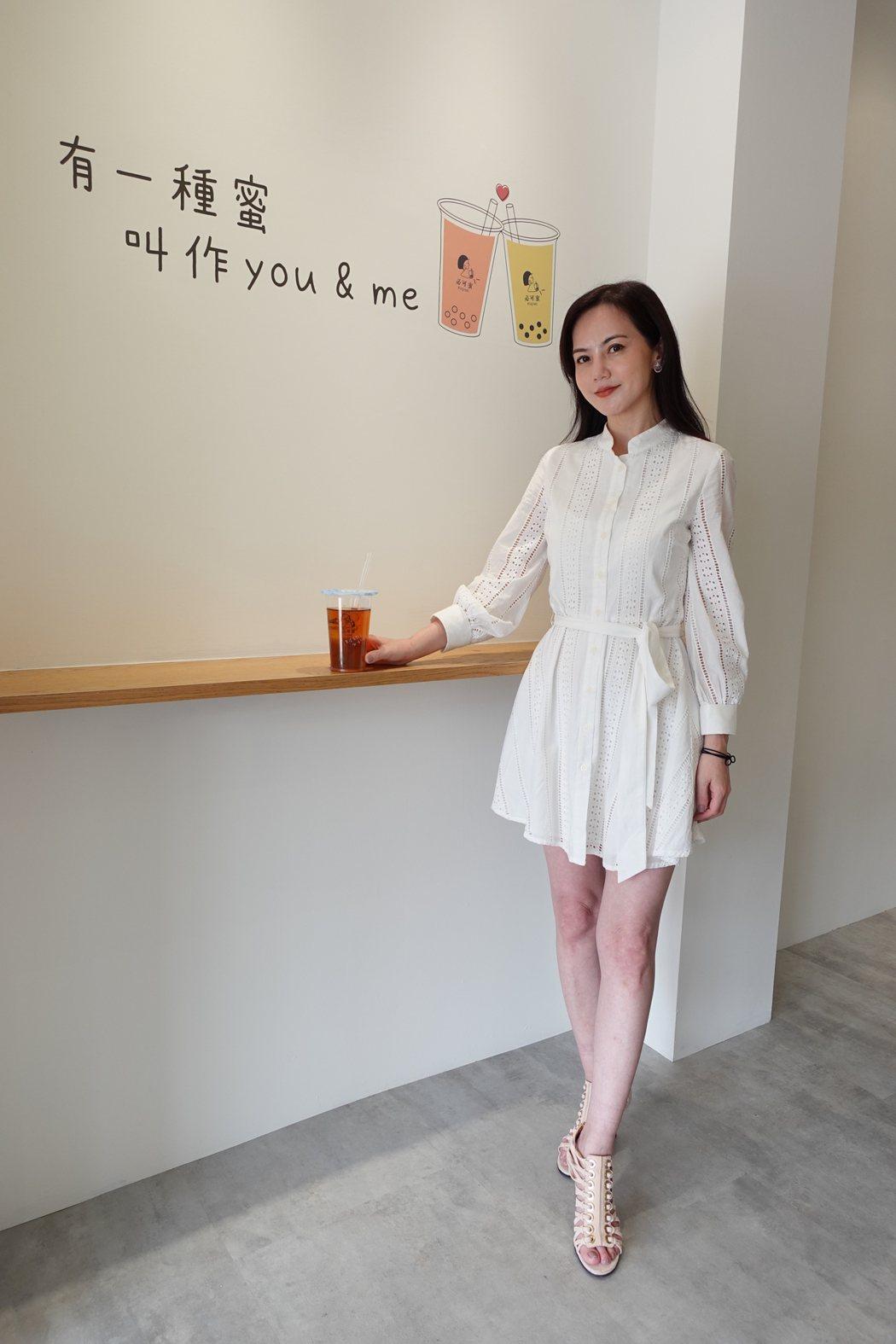 簡沛恩自創飲品品牌,生意愈做愈大。圖/必可蜜提供
