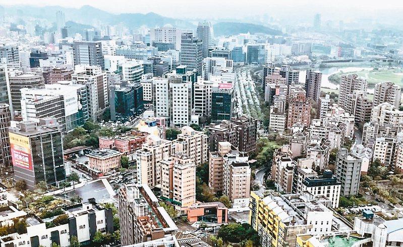 金融業界及投資人聚焦關注央行房市管制措施成效,以及是否再祭下一波管制政策。(本報系資料庫)