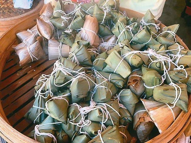 眾所皆知的野薑花用來包野薑花粽,還成為某些社區的農特產品極力行銷,但民間到現在不確定政府單位有沒有列入可供食品使用原料中。圖/聯合報系資料照片