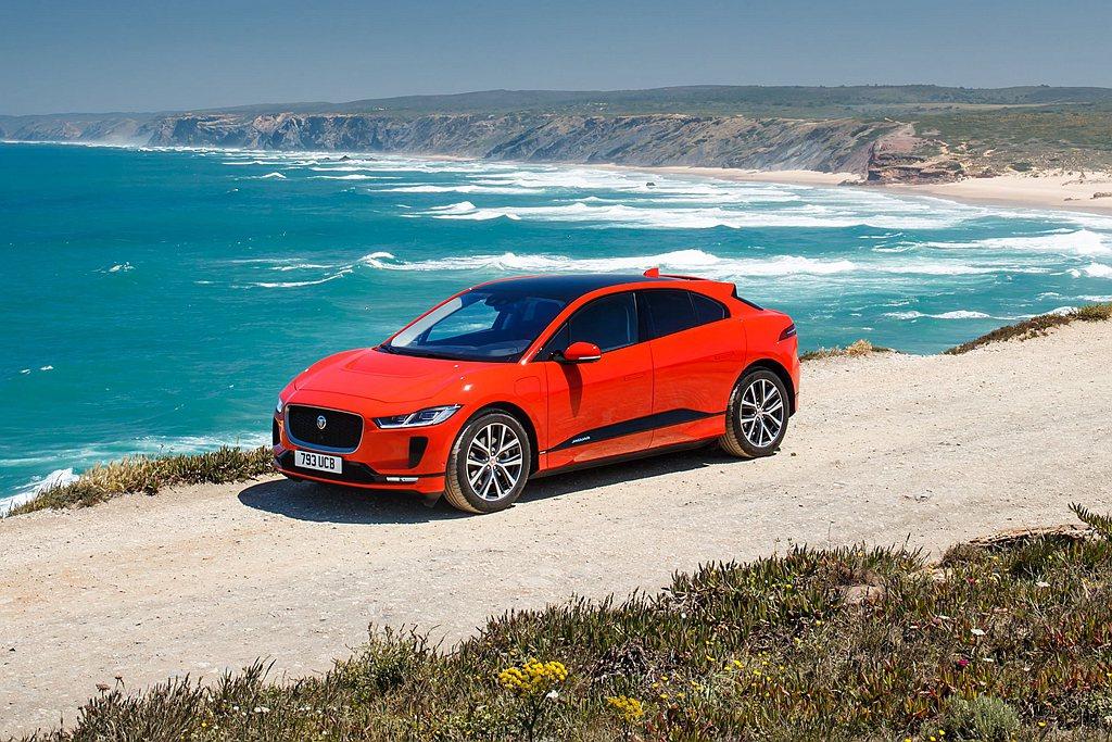 Jaguar I-Pace前衛設計蘊藏革命性創新思維,車側線條和流暢腰線融入強烈...