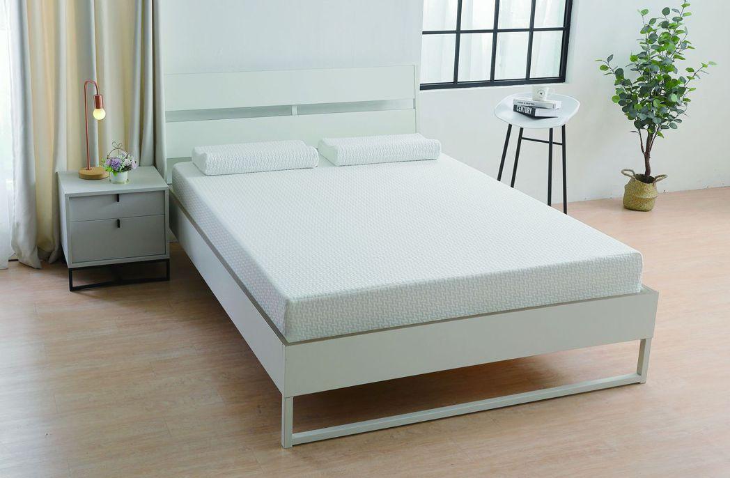 全新舒眠系列床枕,標準雙人床-22cm (買床加贈同款舒眠枕)。