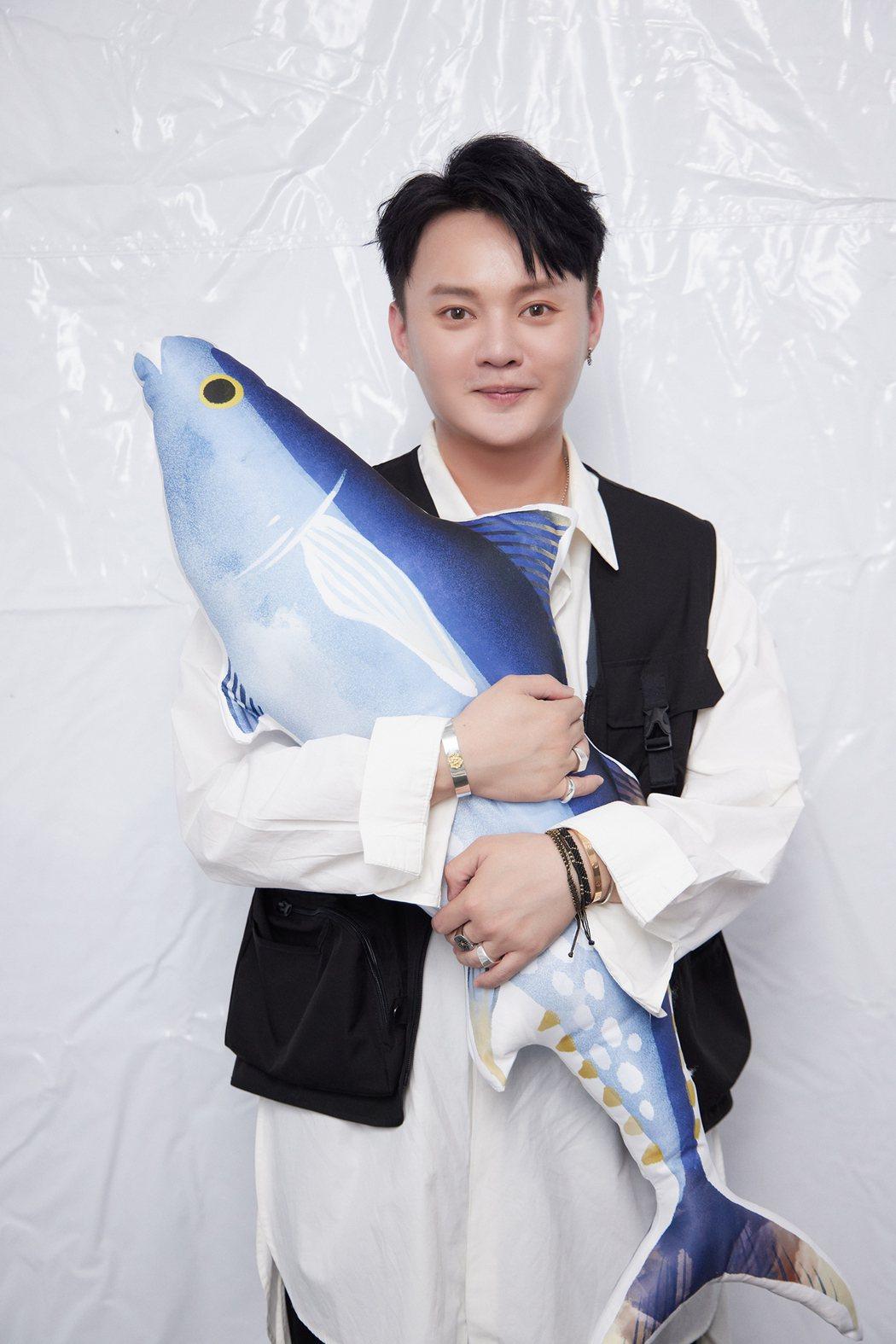 許富凱將在5月29日攻上台北小巨蛋舉辦「拾歌」演唱會。圖/凱聲影藝提供