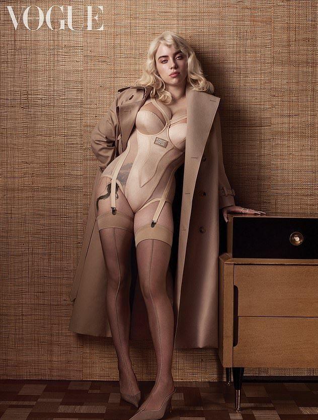 怪奇比莉變身金髮尤物釋放性感,與以往的造型風格有超大轉變。圖/摘自Instagr...