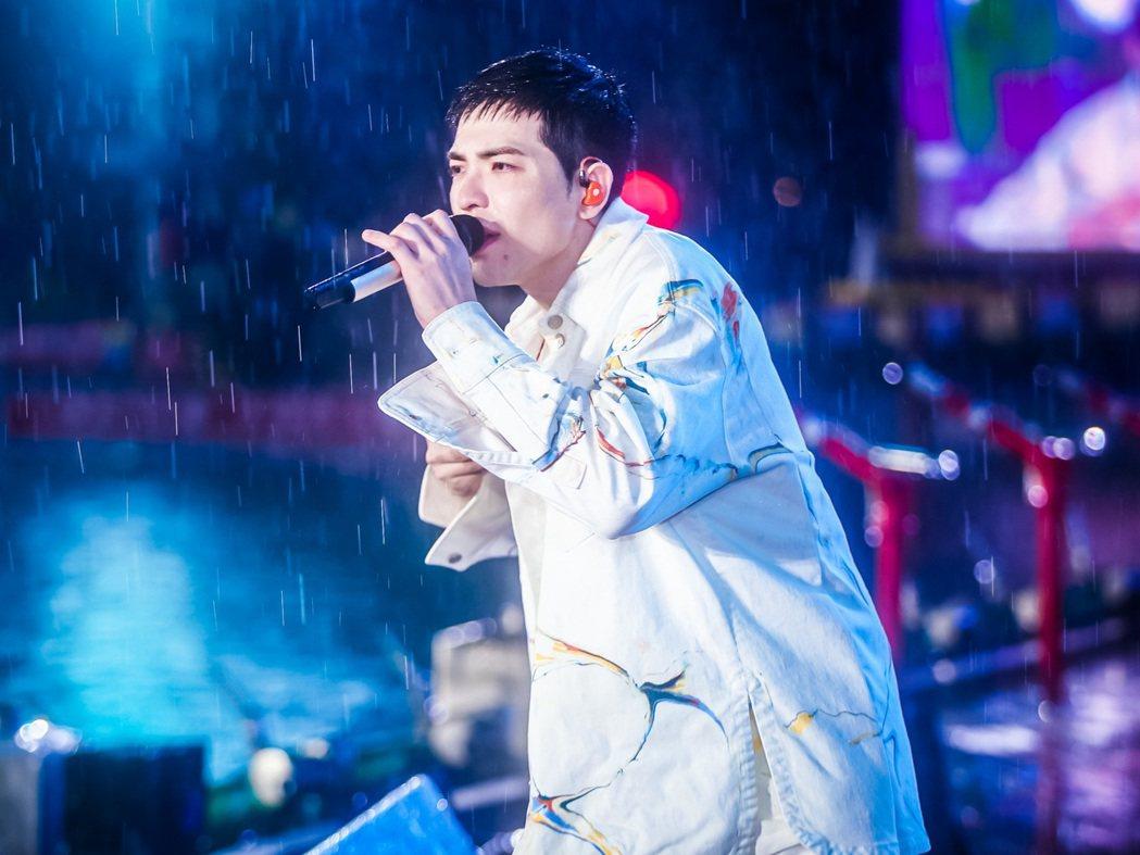 蕭敬騰獻唱「王妃」、「薩哈星球」等歌曲。圖/喜鵲娛樂提供