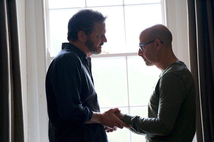 「穿著Prada的惡魔」金獎提名男星史丹利圖奇,和奧斯卡影帝柯林佛斯在新片「永遠的我們」中人飾演一對相戀多年的同志愛侶,在面對病痛時相互扶持、彼此體諒,真情流露的演出令觀眾感動。然而片子日前在俄國上...