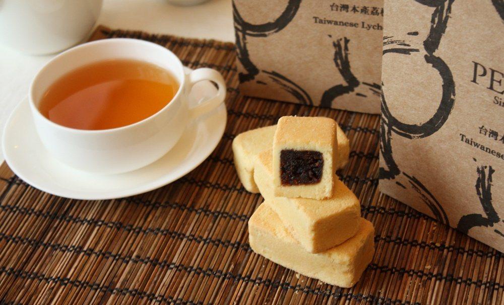 PEKOE台灣本產荔枝酥禮盒。圖/PEKOE食品雜貨舖提供