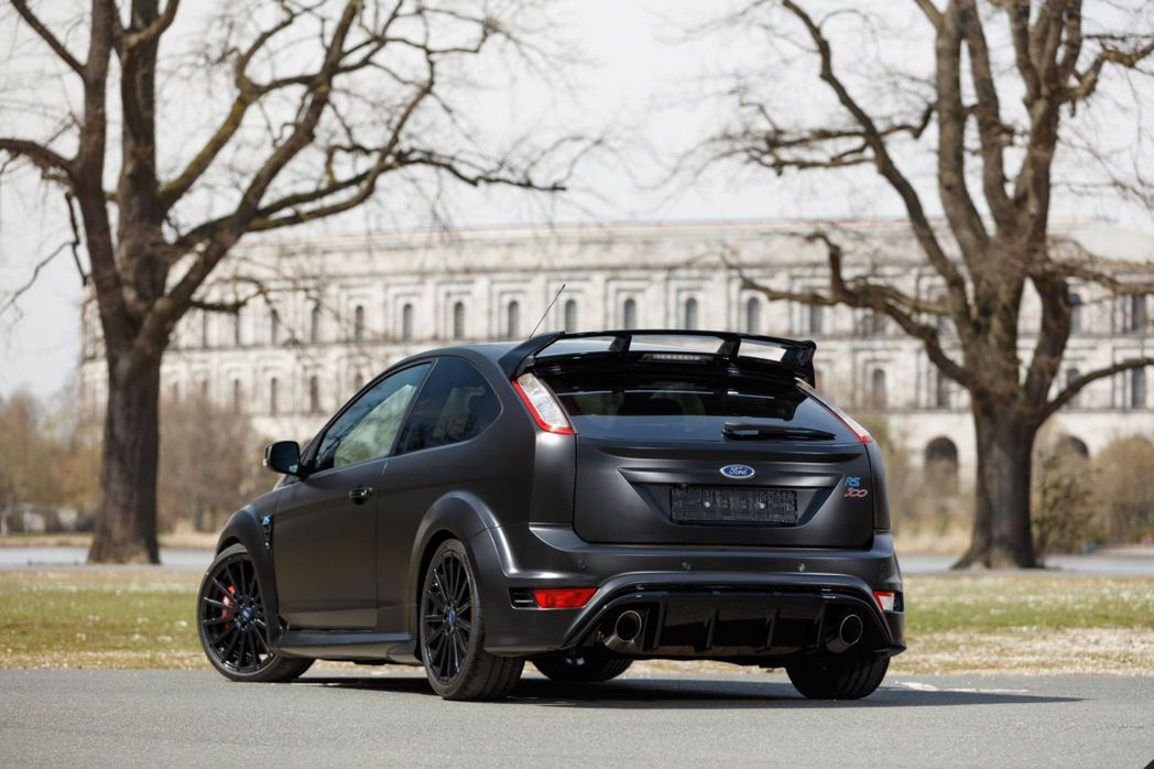 Ford Focus RS500。 摘自RM Sotheby's