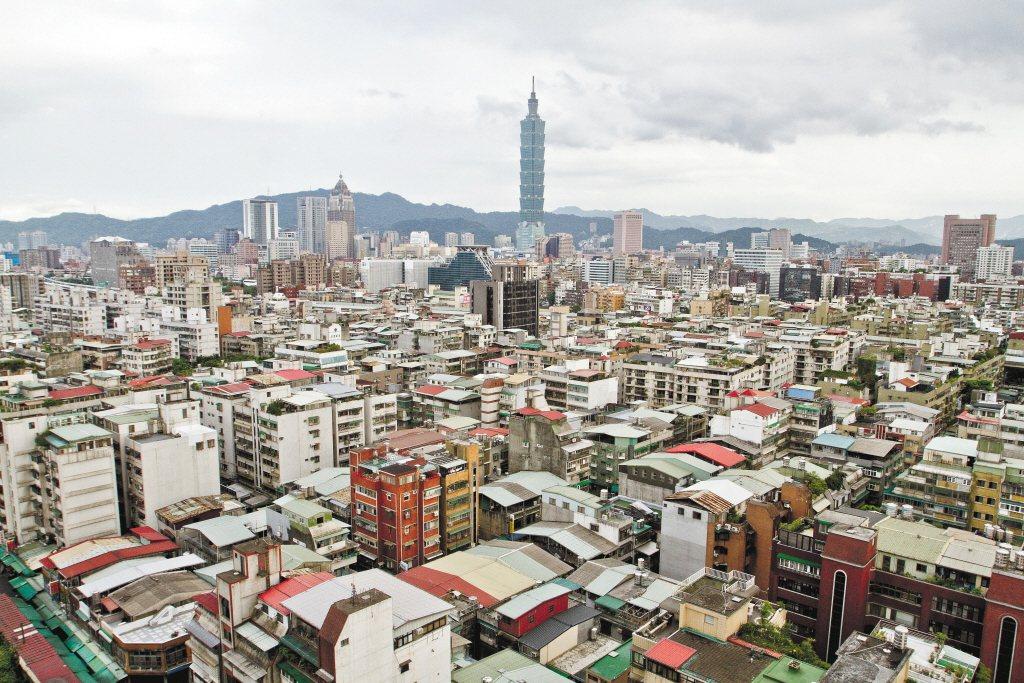 台北房價貴森森,許多買不起的人只好選擇租屋生活。 圖/聯合報系資料照片