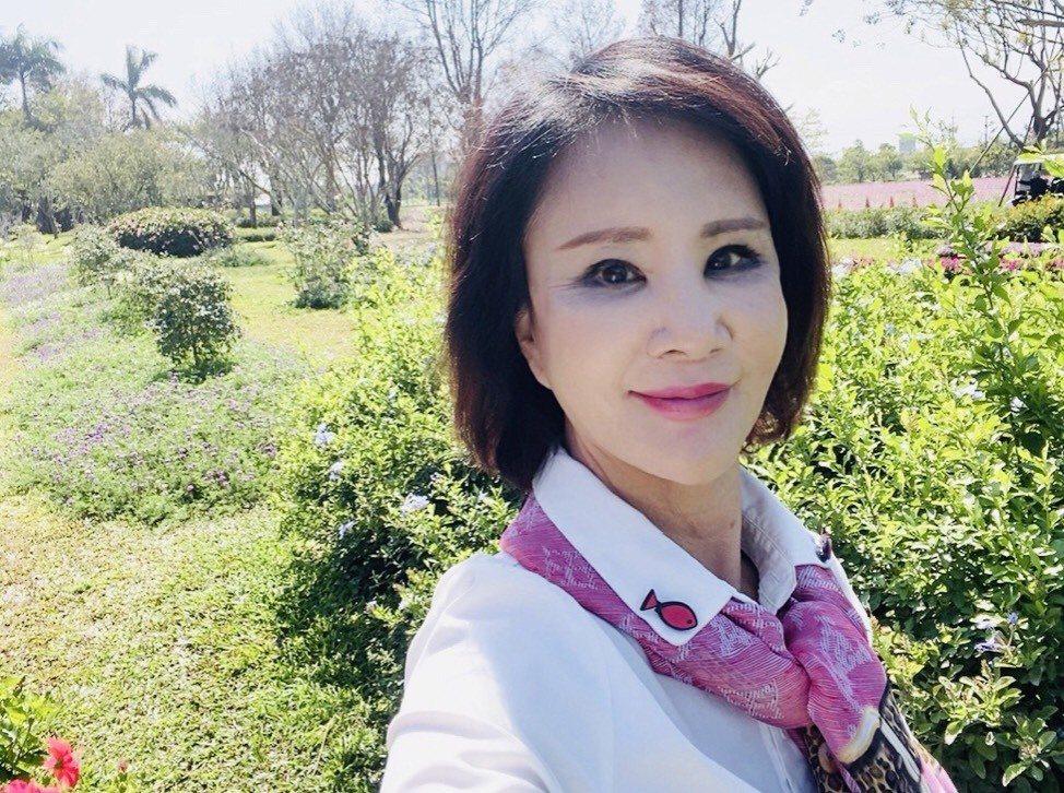 鐘家蓤榮任全國旅遊時報董事長。