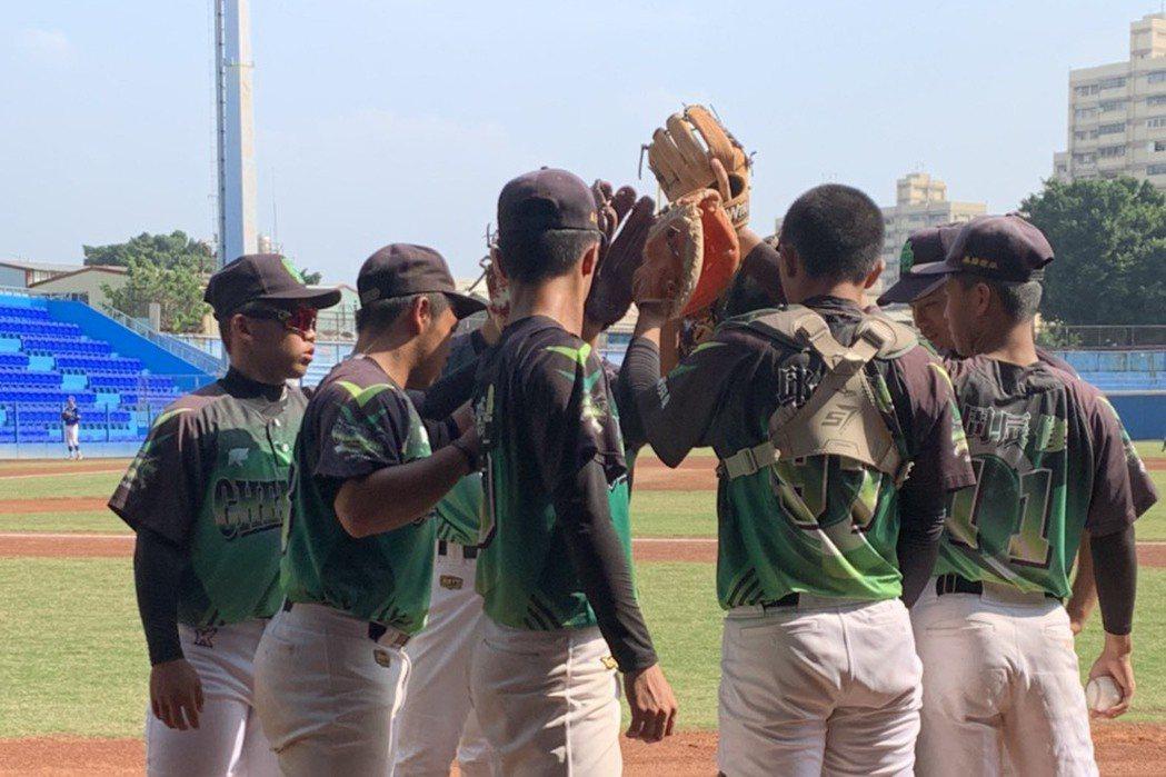王貞治盃青棒賽今天開打,新竹市隊歷經17局擊敗上屆冠軍新北市隊。 圖/成德高中提