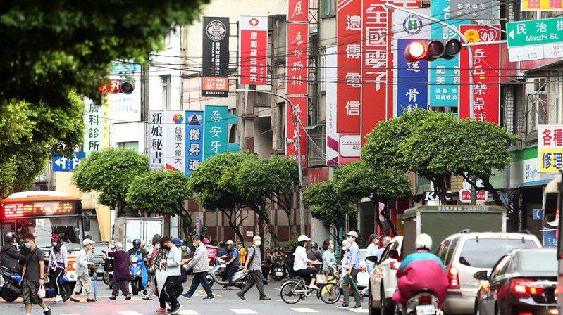 行政院主計總處主計長朱澤民昨(5)日首度表示,以目前的最新數字來看,今年經濟成長率預估值已達5.23%。本報資料照片