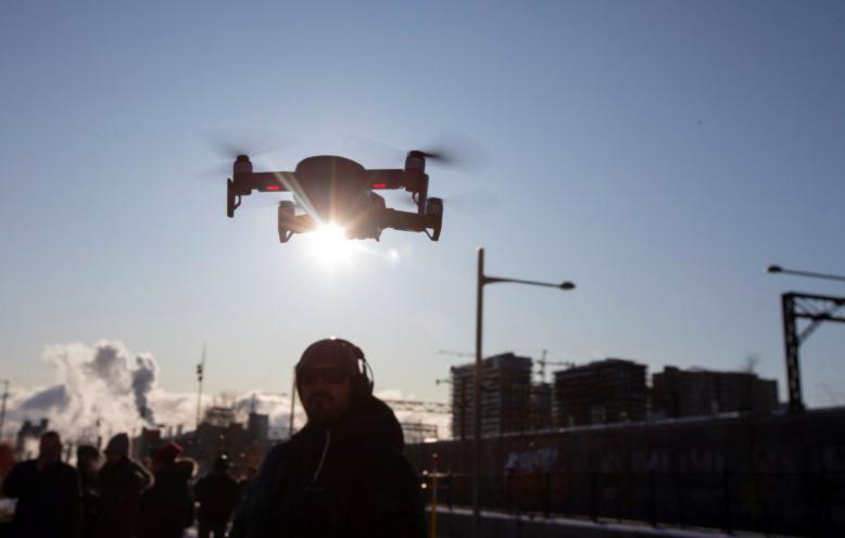 日本電訊電話(NTT)將暫停使用大陸製造的無人飛機,以配合日本政府為避免潛在的網...
