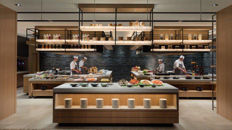 台北國泰萬怡酒店MJ Kitchen。圖/台北國泰萬怡提供