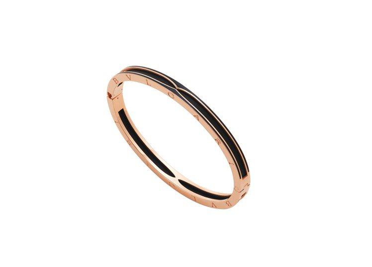 BVLGARI B.zero1系列玫瑰金啞光黑陶瓷手環,約20萬0,100元。圖...