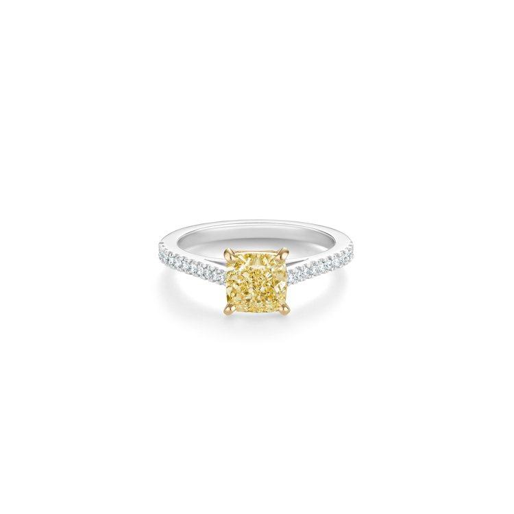 DE BEERS DB Classic 枕形切割黃鑽密釘鑲鑽戒指,主鑽1克拉起,...