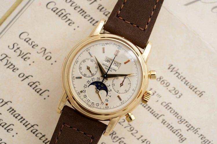 富藝斯「名表薈萃-日內瓦XIII」將上拍的百達翡麗型號2499第四代腕表。圖/富...