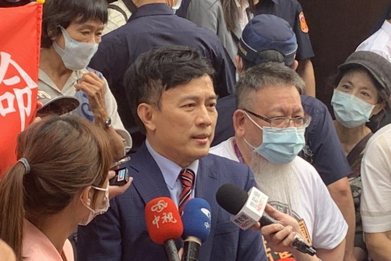 蔡英文論文案 彭文正邀法官「直播」審理創司法先河