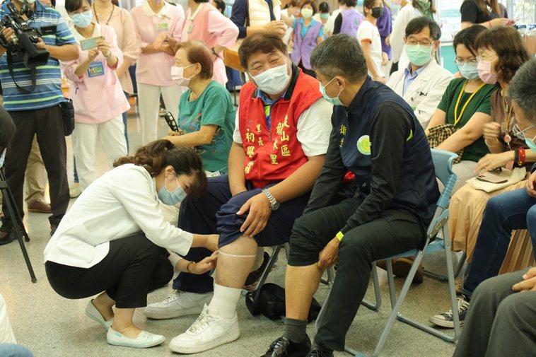 高雄市立聯合醫院每周二、五下午,開設「肌少症及骨質疏鬆特別門診」,民眾可多加利用...