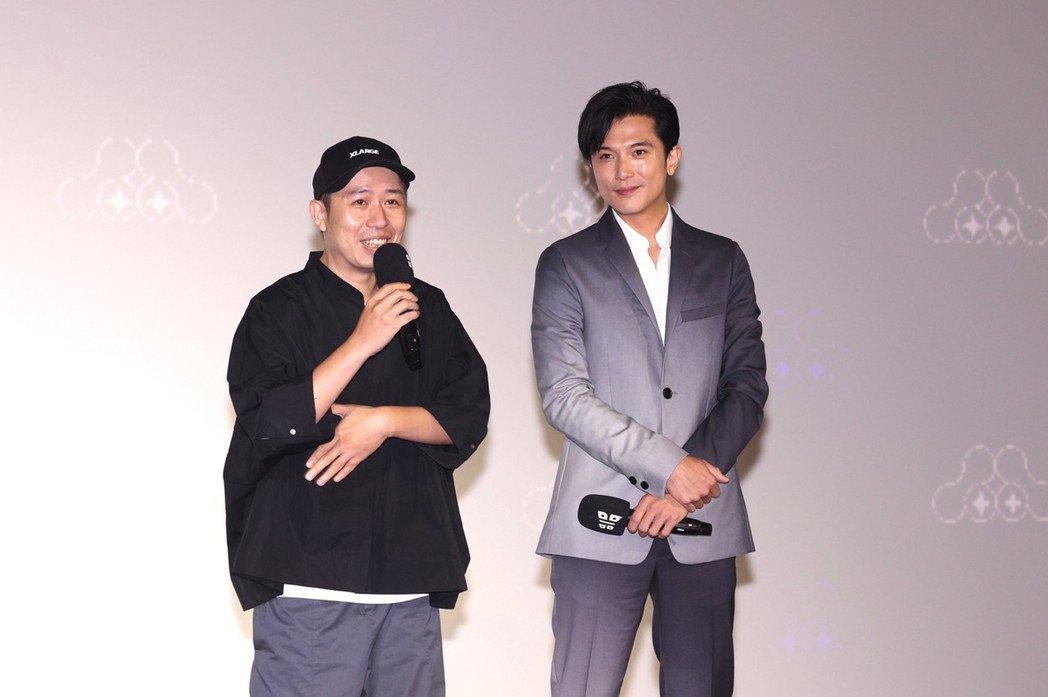 邱澤與導演廖明毅(左)合作,拍攝形象廣告「回家」。記者王聰賢/攝影