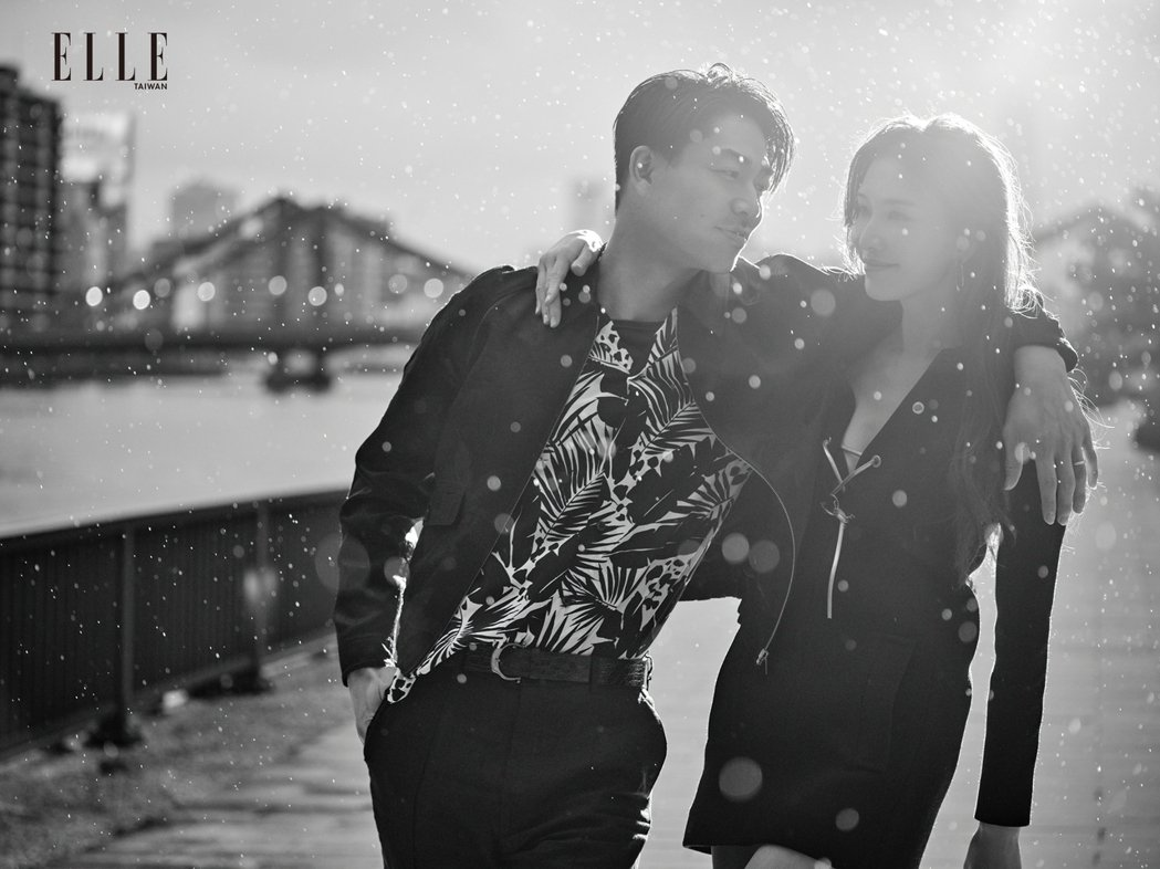 林志玲、AKIRA享受二人甜蜜世界。圖/《ELLE》國際中文版雜誌提供
