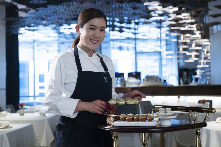 態芮甜點主廚賴思瑩,榮獲2021年亞洲50大最佳甜點主廚肯定。圖/態芮提供