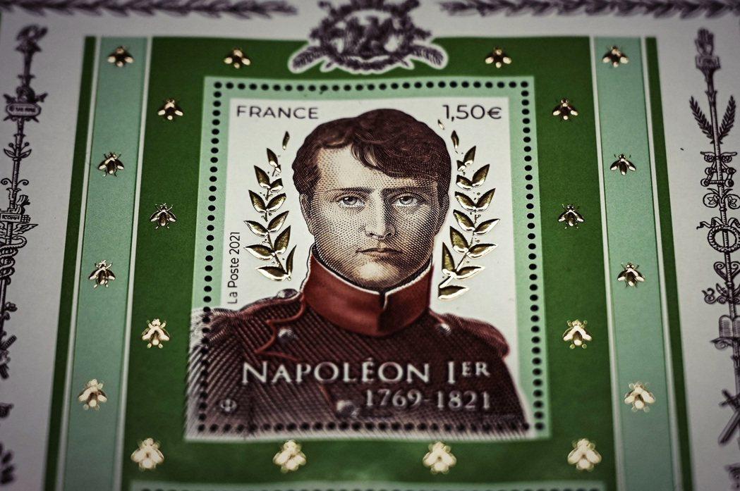 「現在的法國該如何看待拿破崙——是讚頌這位偉大的歷史英雄?還是反省他的黑暗遺產?...