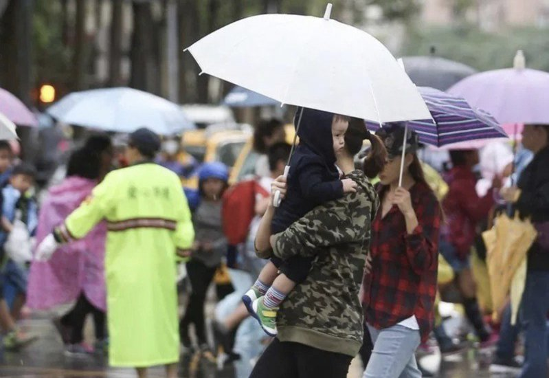 氣象局長鄭明典說,今天山區降雨令人期待。聯合報系資料照